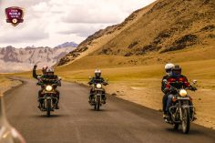 Plan motorcycle tours to the exotic places of Incredible India